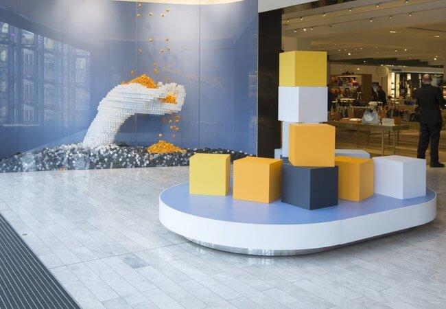 35,000 Handmade Paper Cubes 2