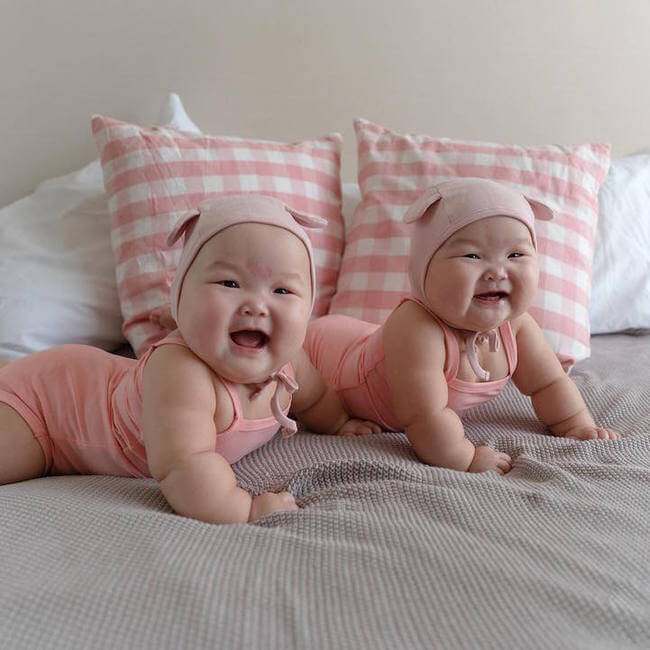 cute twins baby photos 17