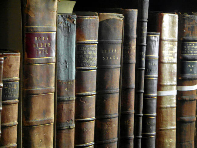 trinity college library 4
