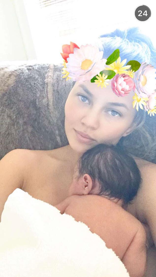 Chrissy Teigen Cuddles Baby Luna 4 (1)