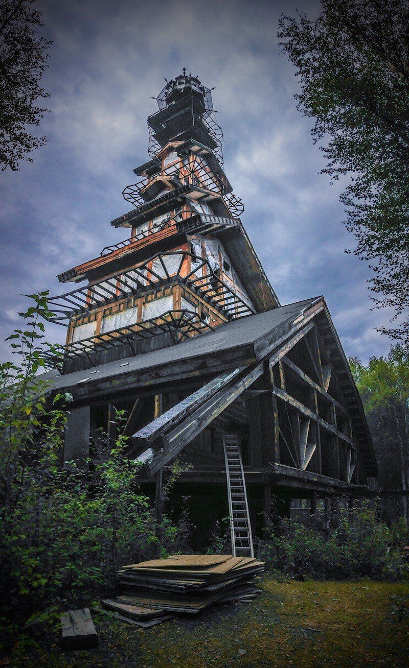 Mysterious Real Life Dr. Seuss House In Alaska (1)