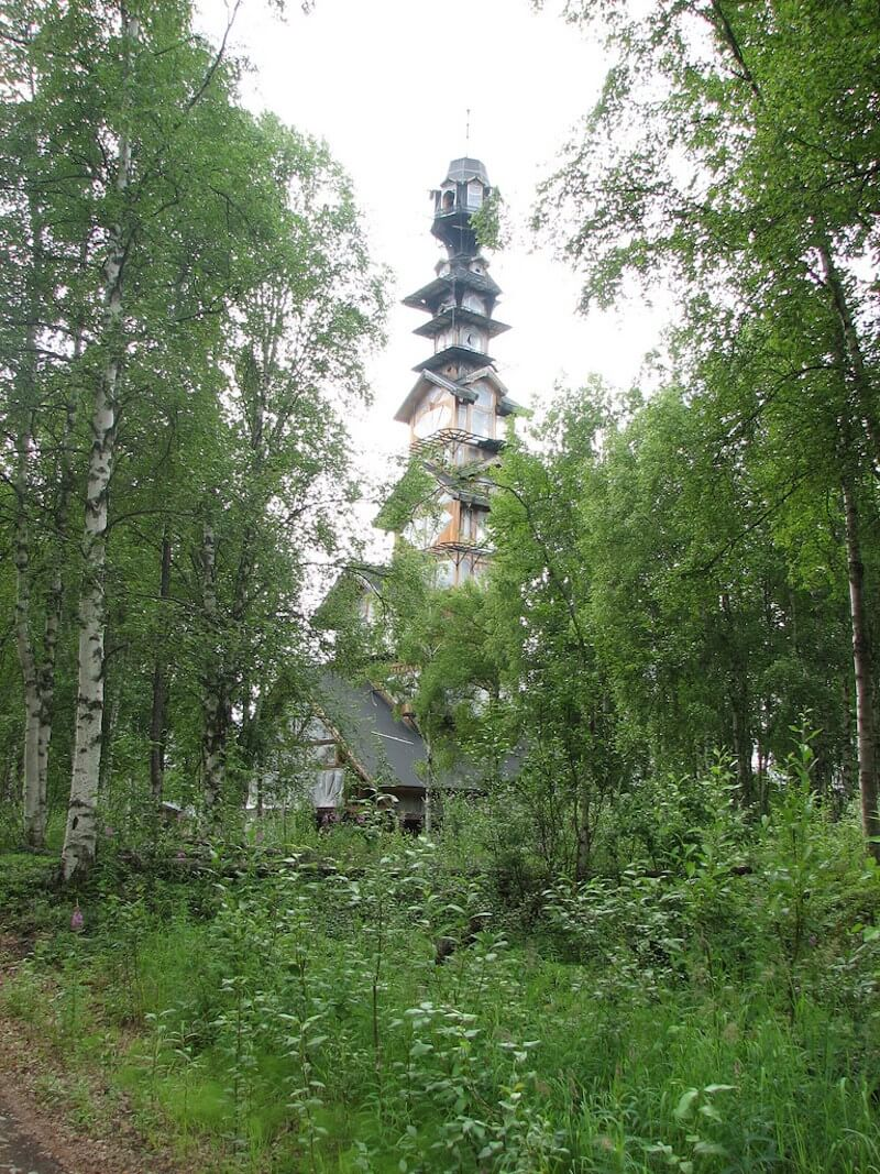 dr seuss house in alaska 4 (1)
