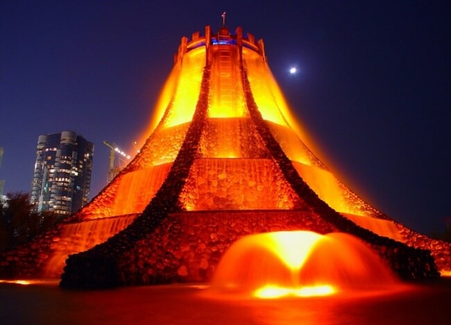 Stunning Photos Of Fountains From Around The World 16