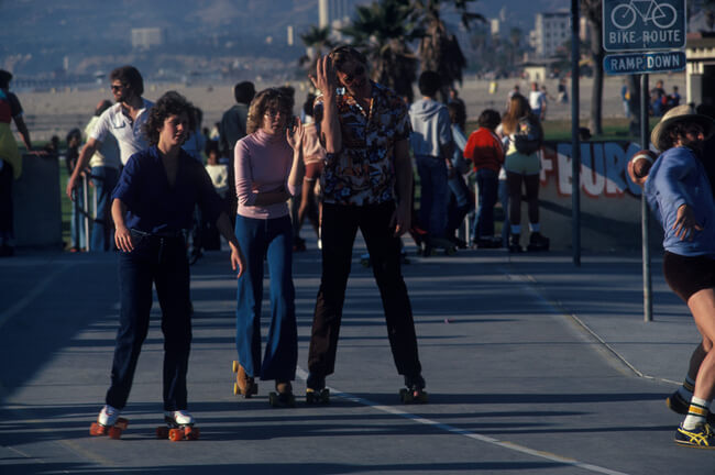 Vintage Venice Beach Roller Skaters Photos 15