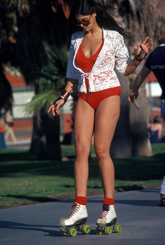 Vintage Venice Beach Roller Skaters Photos 5