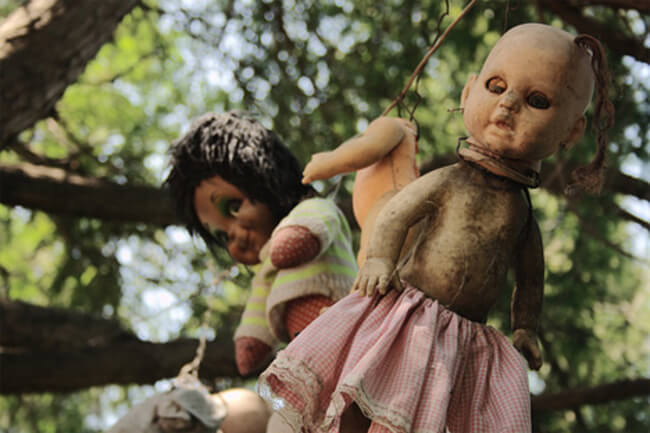 island of the dolls 15