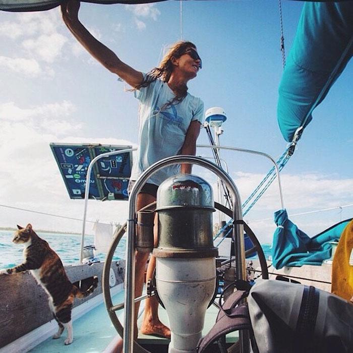 sailing-cat-travelling-world 6
