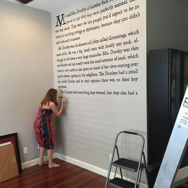 JK Rowling Fan Paints Huge Harry Potter Wall Murals In Her Home
