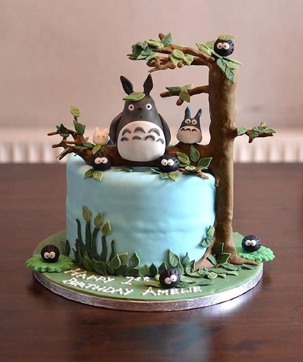 totoro cake 2