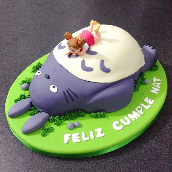 totoro cake 5
