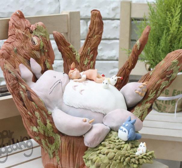 totoro cake 8
