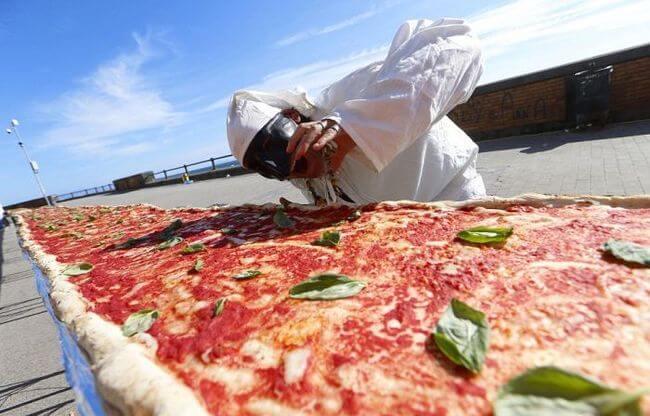 worlds longest pizza 4