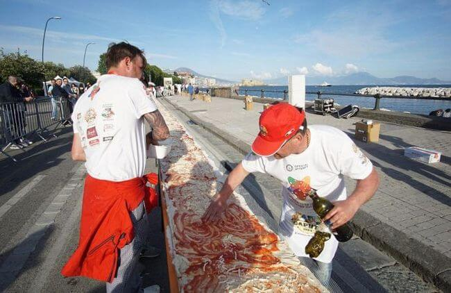worlds longest pizza 9