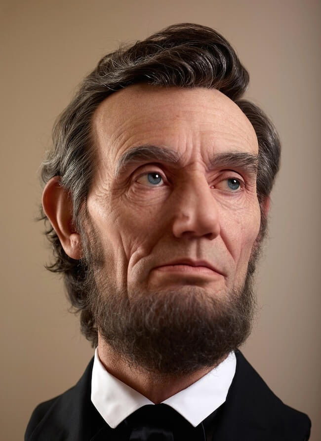 realistic sculpture of abraham lincoln 3
