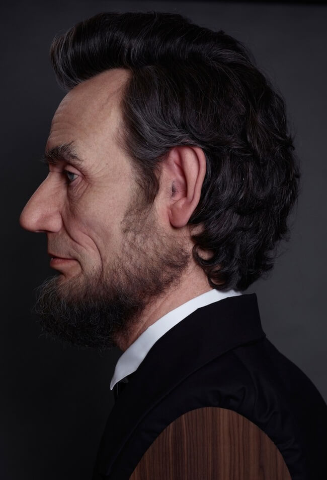 realistic sculpture of abraham lincoln 6
