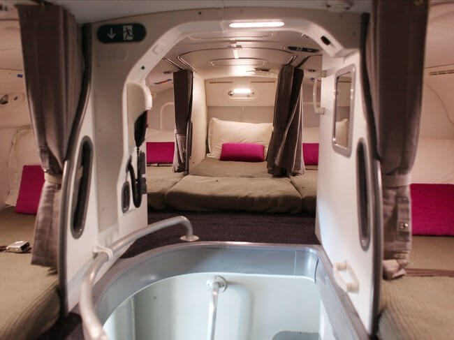 secret airplane bedrooms 7