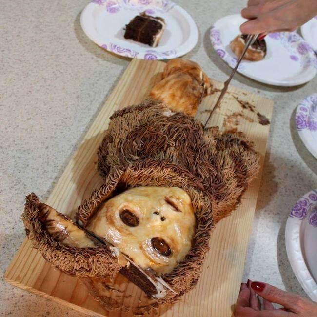 creepy cakes 25