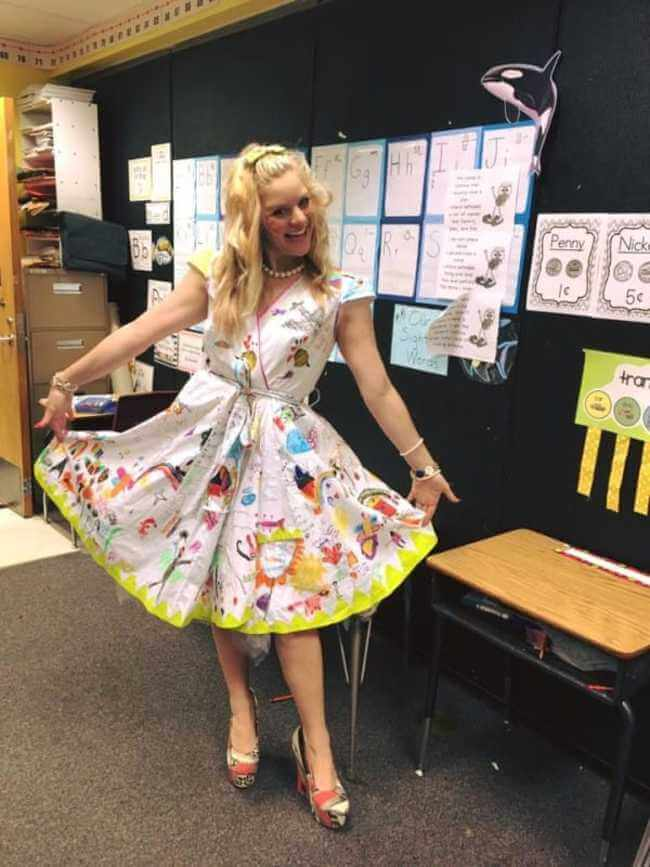 teacher wears dress made of kids art work 8