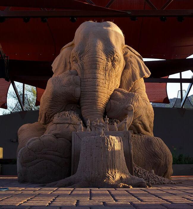 Stunning Sand Sculpture of elephant 1