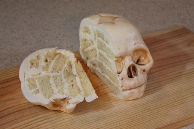 creepy cakes 27