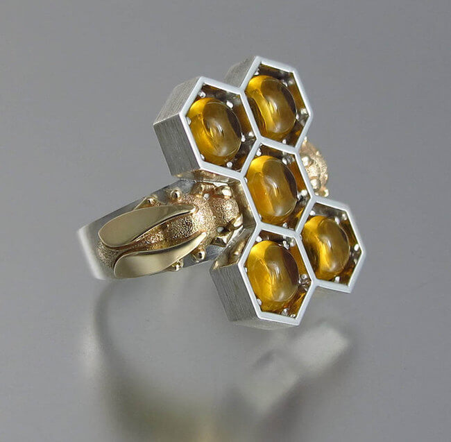lion honeycomb jewelry 5