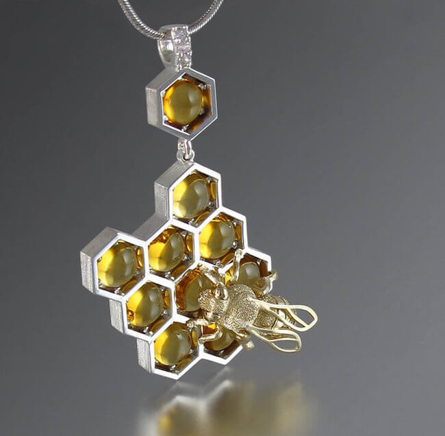 lion honeycomb jewelry 3