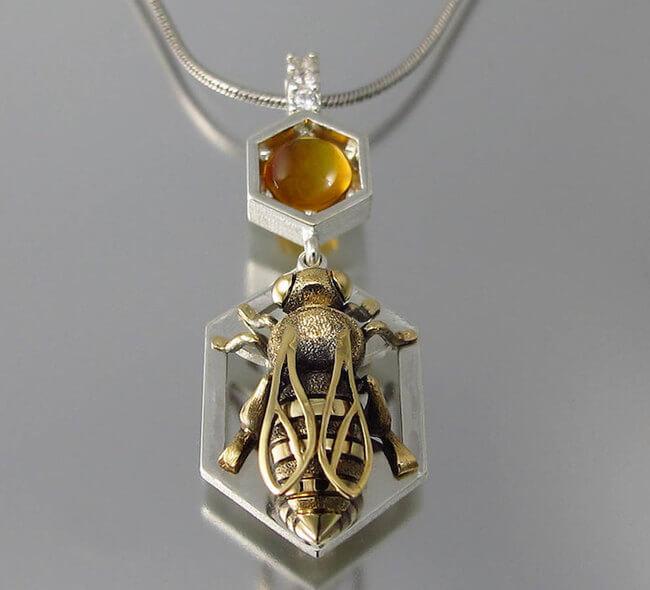lion honeycomb jewelry 4