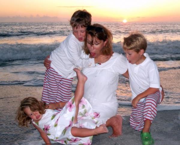 weird family photos 16