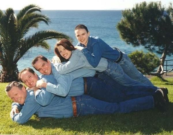 weird family photos 21