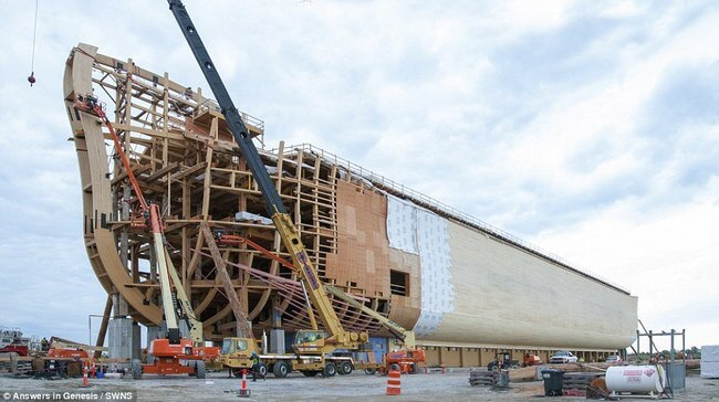 Huge life-size Noah's Ark 8