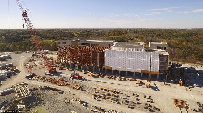 Huge life-size Noah's Ark 9