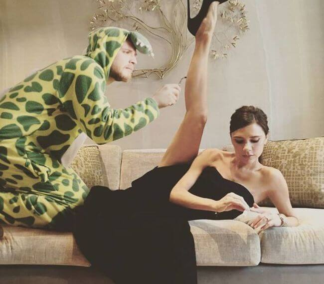 Dino-Guy Hilariously Photoshops Himself Into Celebrity Photos 1