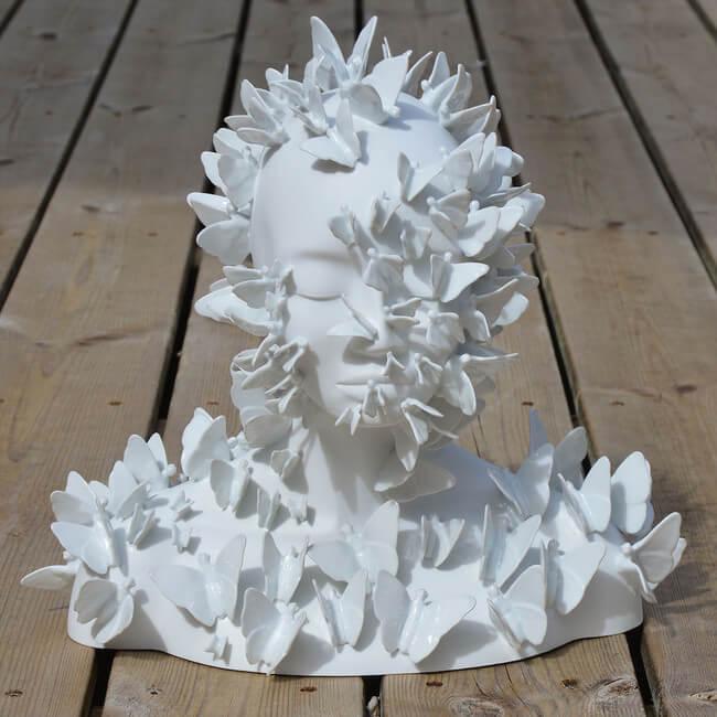 Juliette Clovis Creates Remarkable Porcelain Female Forms 9