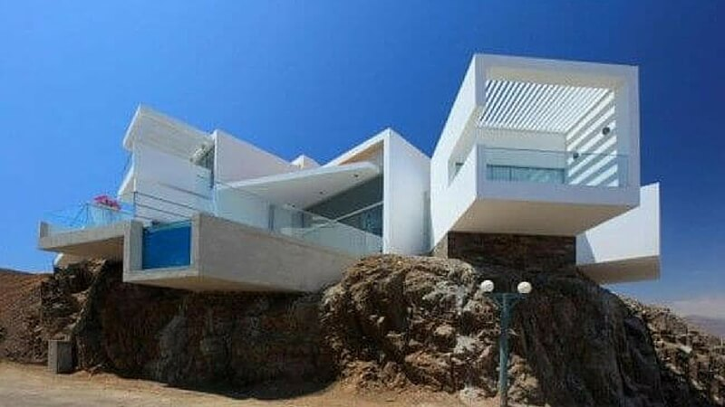 awesome beach house feat (1) (1)