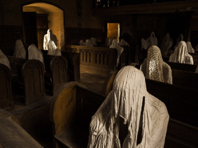 St. George's Church ghost statues 4