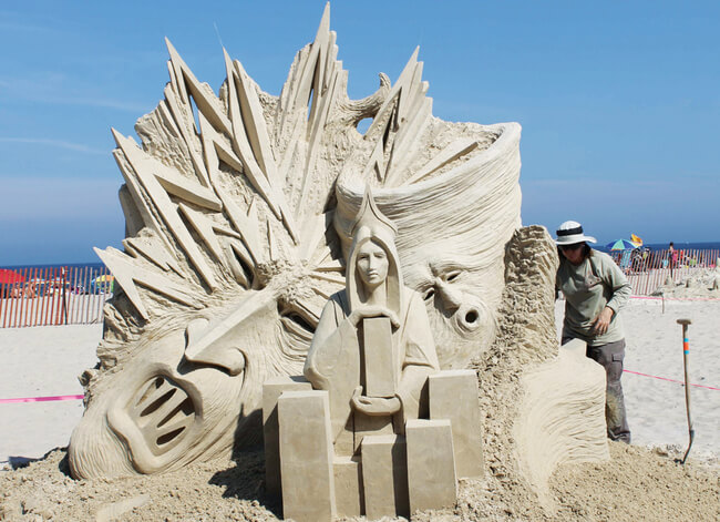 16 Amazing Sand Sculptures To Celebrate The Summer