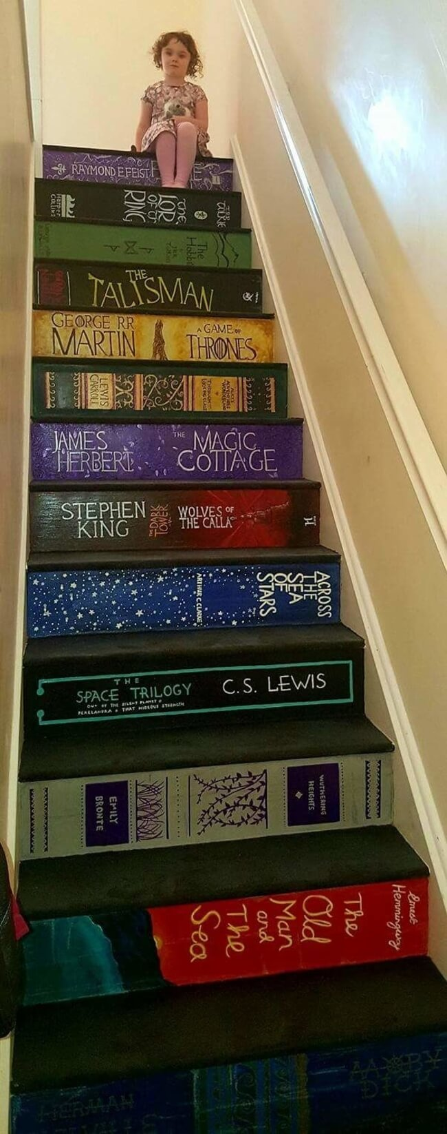 staircase painted like books 2