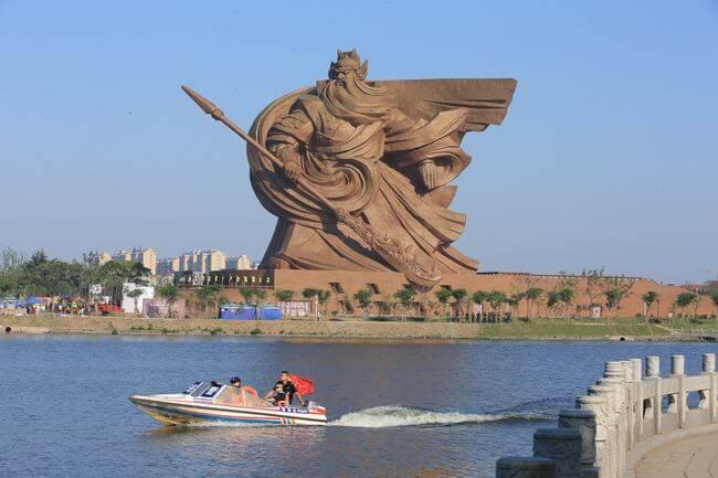 Statue Of Guan Yu 3