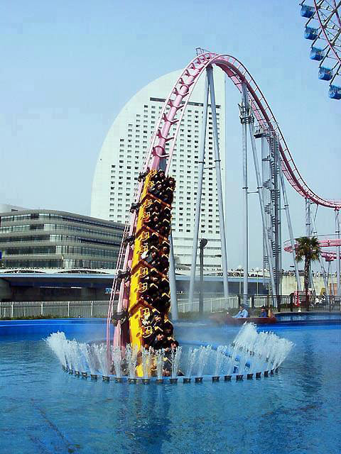 amazing underwater rollercoaster in japan