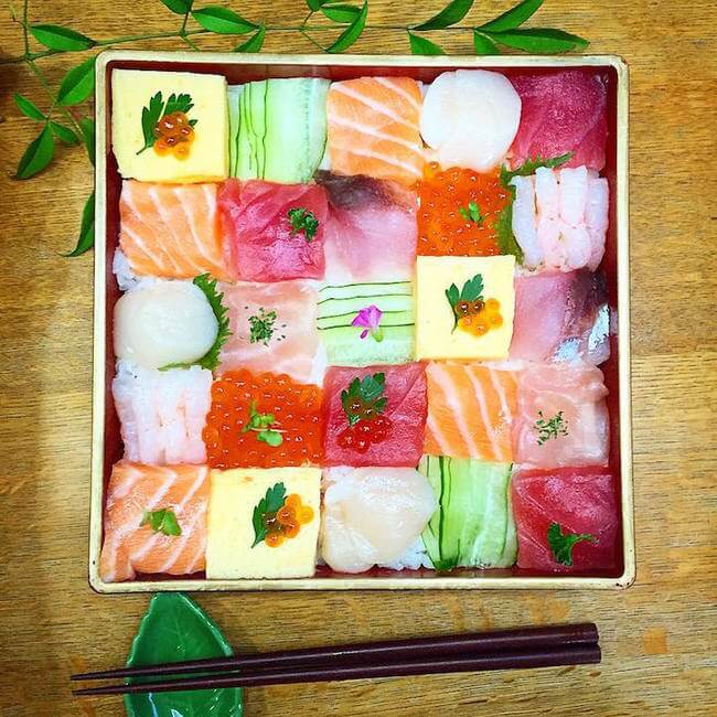 mosaic artwork sushi trend 8