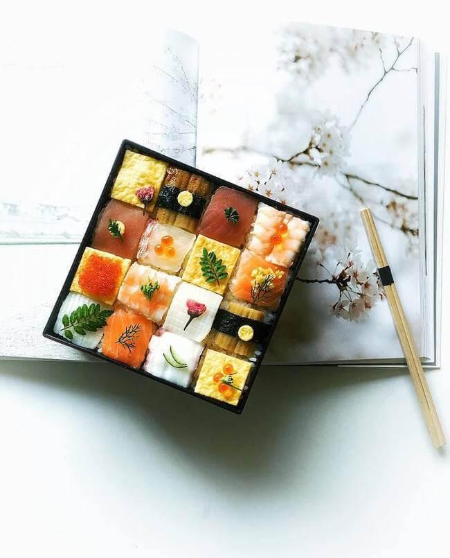 mosaic artwork sushi trend 3