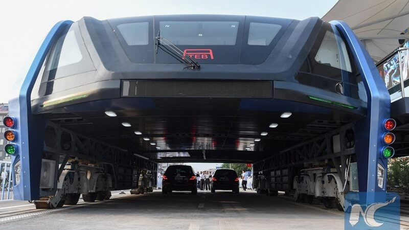 teb traffic elevated bus feat (1)