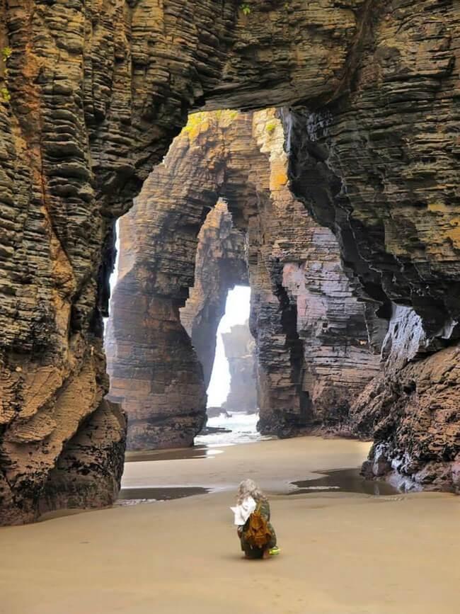 Unusual Beaches Around the World 13