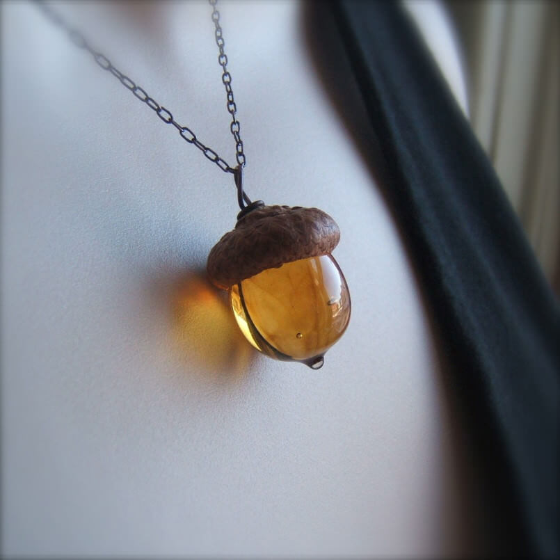 acorn necklace 2 (1)