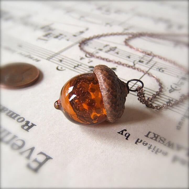 acorn pendants (1)