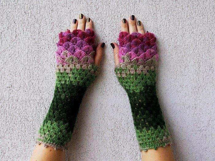 dragon gloves (1)