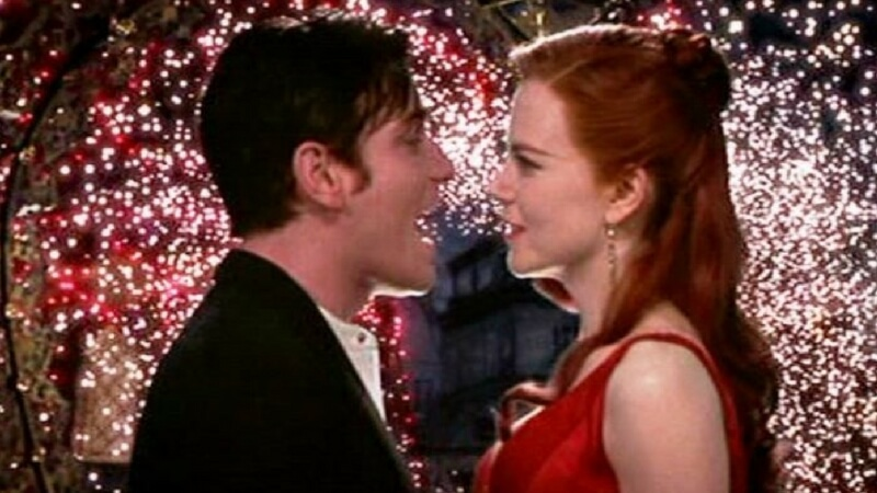 moulin rouge musical feat (1)