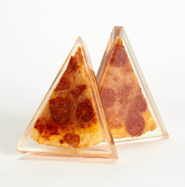 preserved pizza in lucite (1)