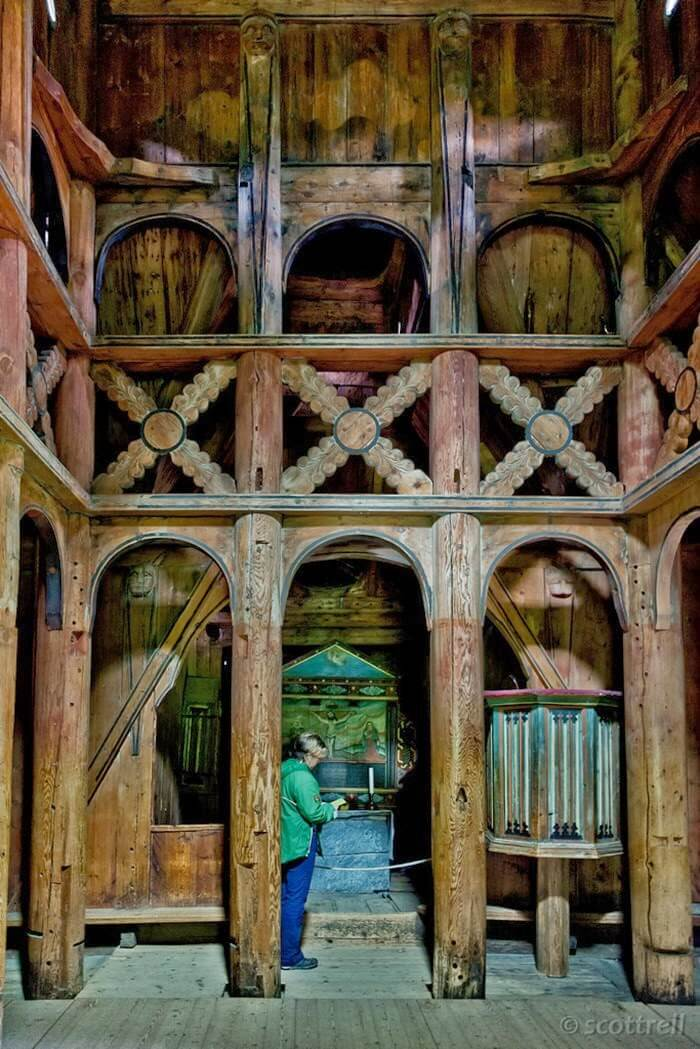 800 year old wooden church 12 (1)