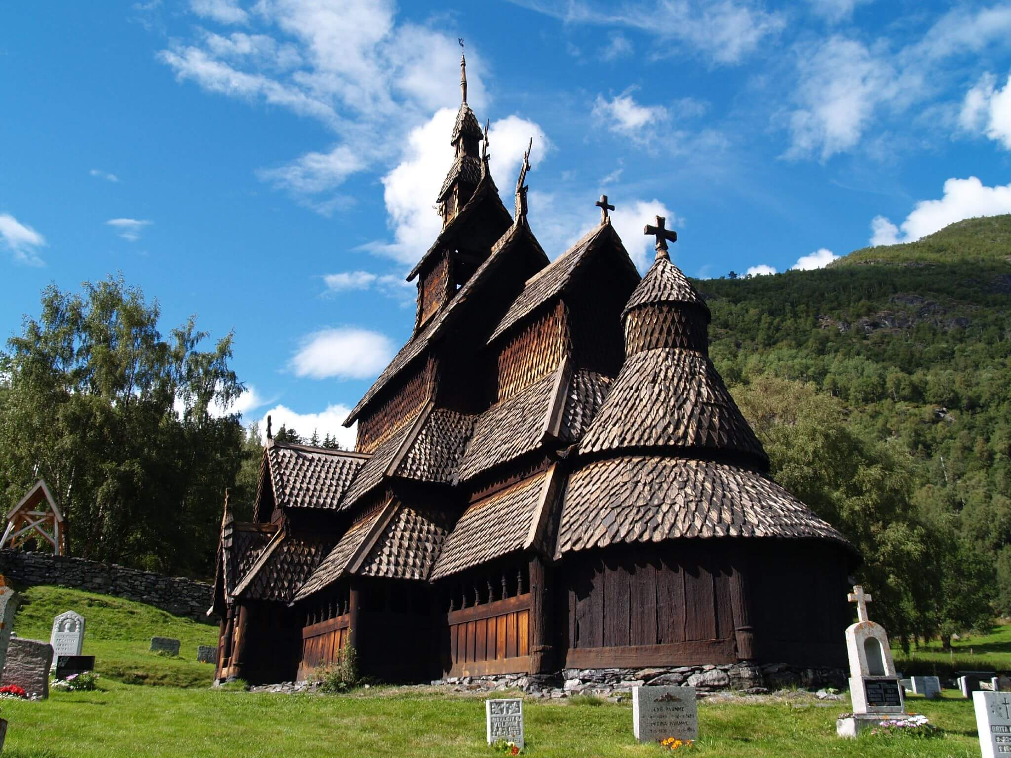 800 year old stave church 5 (1)